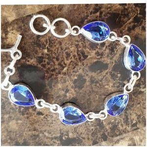 "Jewelry - Beautiful Blue Topaz Bracelet 7.5"" long"